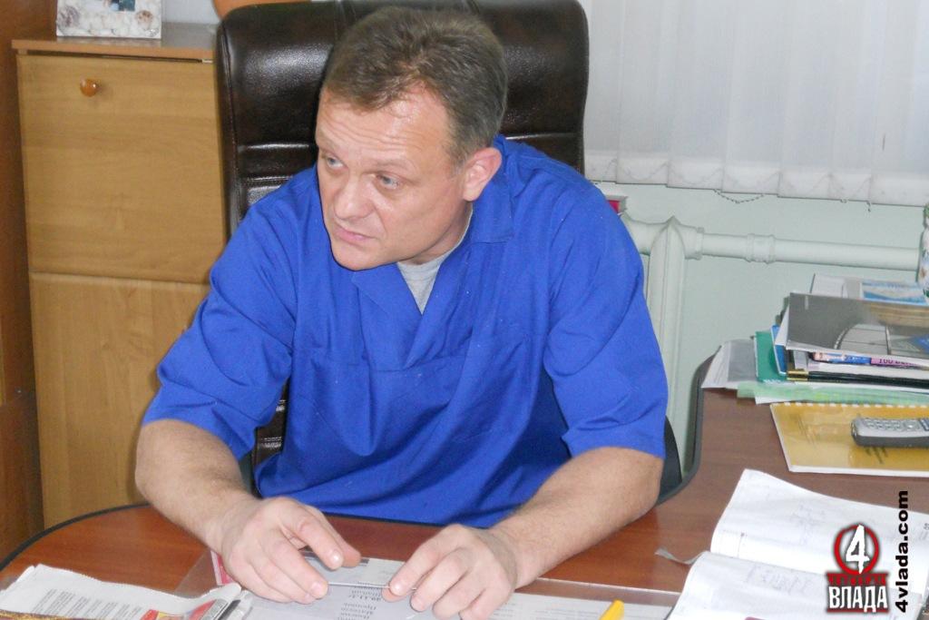 «Якщо б я міг,то взагалі не вступав в цей фонд. Це просто вимушений крок тому, що з цими злочинними законами іншого виходу немає», - головний лікар обласної стоматполіклініки Олег Жильчук.